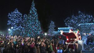 PNC Festival of Lights Member Preview Night Santa Lights the Tree