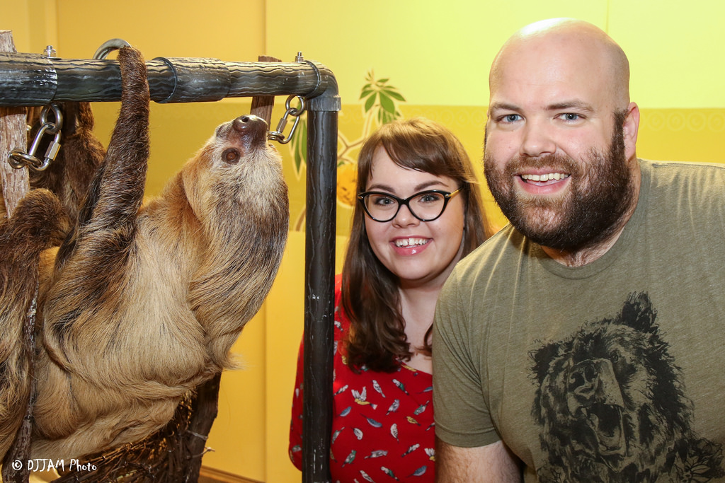 behind the scenes with moe the sloth