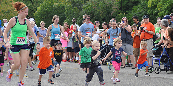 "Two-year-old group running the Kids ""Cub"" Run."